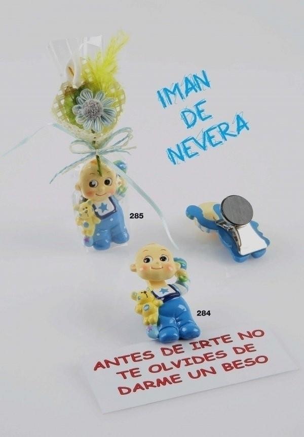 Detalle de Bautizo iman bebe azul con pinza