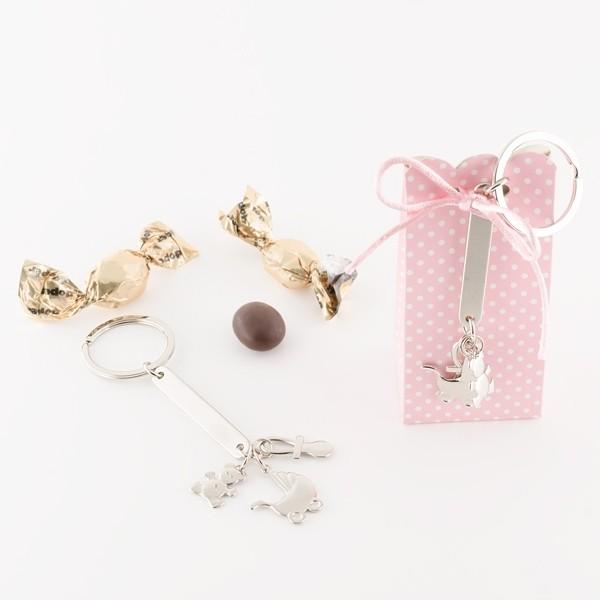 Recuerdo de bautizo cajita llavero motivos bebe rosa con caramelo chocolate