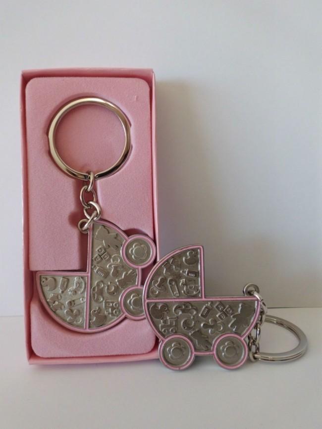 Detalle de Bautizo llavero carrito rosa