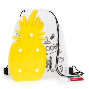 Mochila colorear con lámpara en forma de piña para detalle niños
