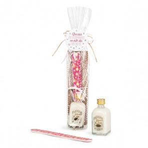 Lima uñas estuchada con licor orujo de arroz para detalle bautizo mujer